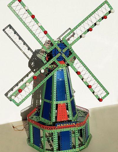 Bild 24 fertige Holländerwindmühle