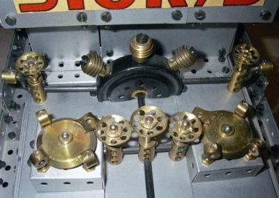 Bild 11  Absperr-Rahmen und Pumpe
