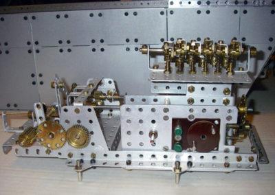 Bild 4  Antrieb mit einem alten Stokys-Elektromotor